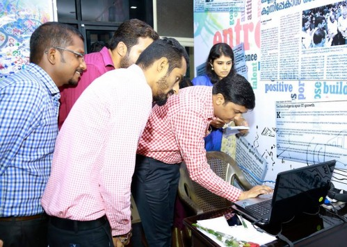 District Collector Shri Balakiran IAS launching website of erudo